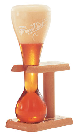 kwak_beer_glass
